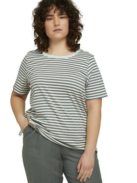 T-shirt yarn dye stripes
