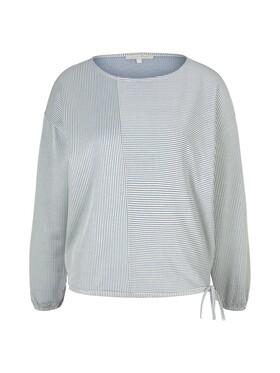feminine boxy stripe top