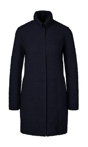 Lange Jacke gestrickt in Deutschland