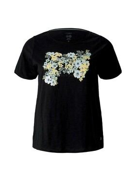 T-shirt with front artwork
