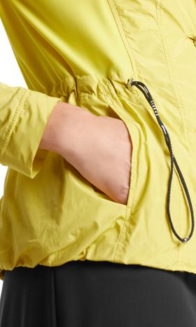 Blazer aus Parachute-Material