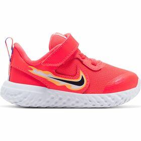 Nike Revolution 5 Fire